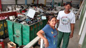 Alex e Cleonice, a Nil, do Centro de Triagem de Jardim Gramacho